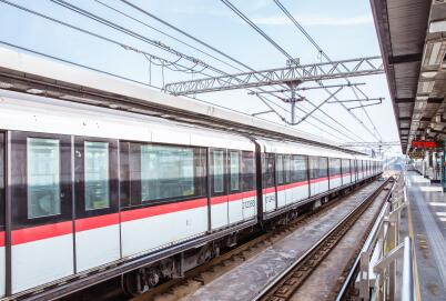 东京地铁增设汉语等8种语言售票机 方便外国游客